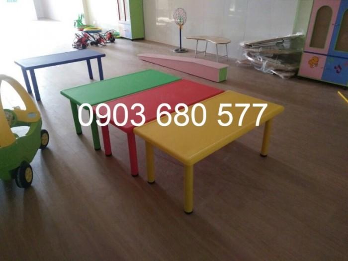 Nơi bán bàn nhựa hình chữ nhật cho trẻ em mầm non giá ƯU ĐÃI3