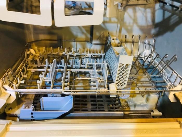 Máy rửa chén nhật PANASONIC NP-TR1 diệt khuẩn ,khử mùi 10