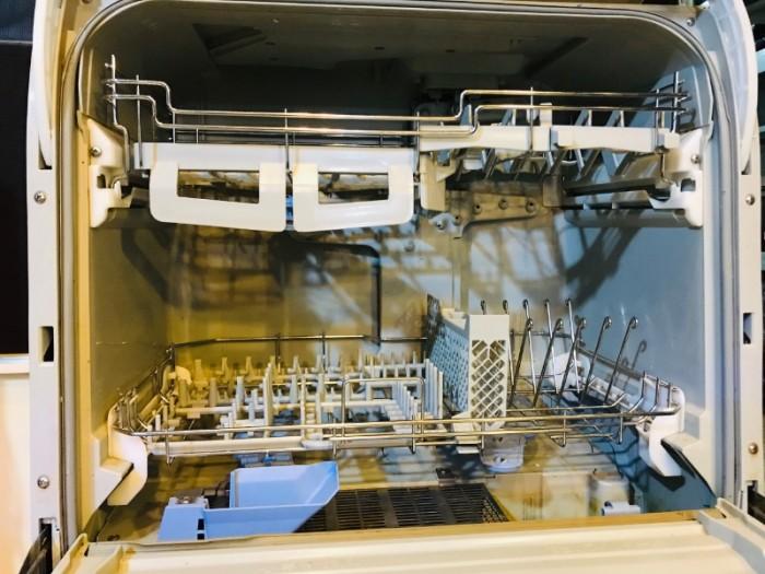 Máy rửa bát Nhật 6 bộ Panasonic NP-TR1 (máy đẹp) 1