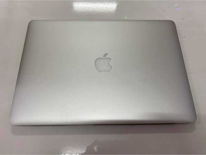 MacBook Pro 15 Retina i7 8gb 256gb đẹp nguyên zin1