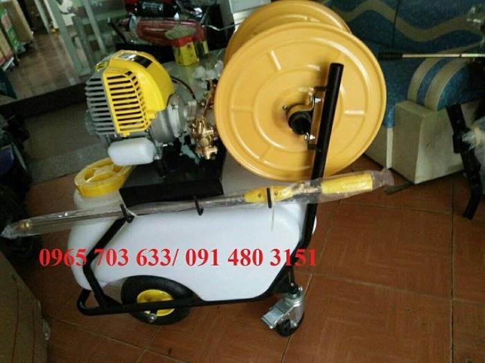 Máy phun thuốc đẩy tay Honda GX35, siêu phẩm luôn được ưa chuộng vì sự tiện lợi.2