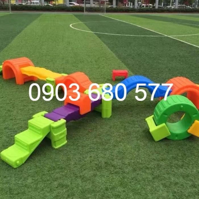 Cỏ nhân tạo an toàn trang trí sân chơi trẻ em, sân bóng đá, trường học mầm non5