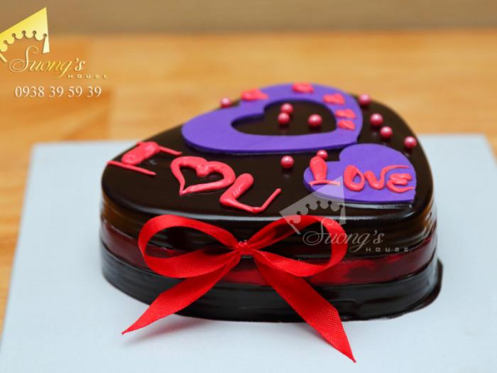 Bánh Kem gắn chữ yêu thương, tỏ tình1