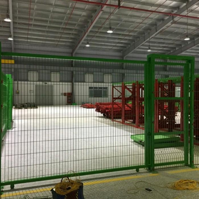 Hàng rào lưới thép hàn D5 a 50x 100,50x150,50x200 mạ kẽm sơn tĩnh điện7
