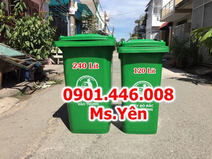 Thùng rác công cộng ngoài trời 120L, 240L nhựa HDPE giá rẻ nhất HCM3
