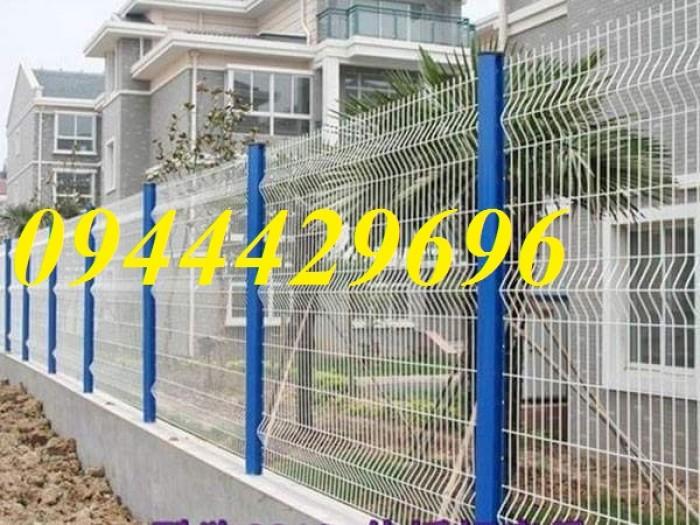 Hàng rào lưới thép hàn D5 a 50x200 mạ kẽm sơn tĩnh1
