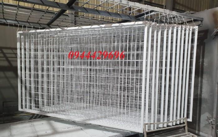 Hàng rào lưới thép hàn D5 a 50x200 mạ kẽm sơn tĩnh4