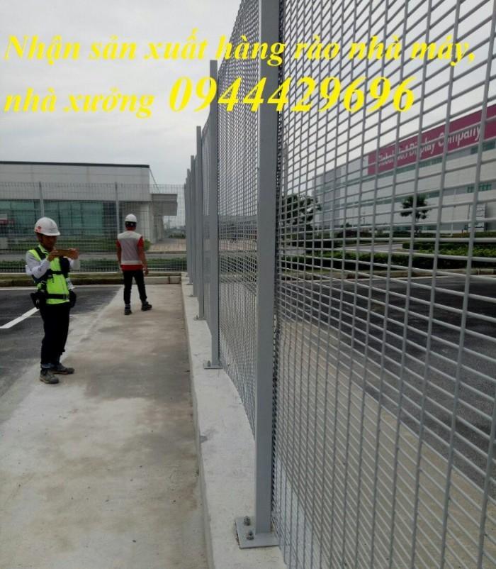 Hàng rào lưới thép hàn D5 a 50x200 mạ kẽm sơn tĩnh11