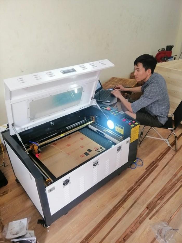 Bán máy Laser 6040 chuyên cắt mica gỗ giá ưu đãi tại Sài Gòn