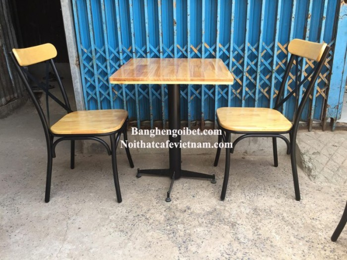 Ghế sắt cafe chữ X 350.000 Bàn 550.000