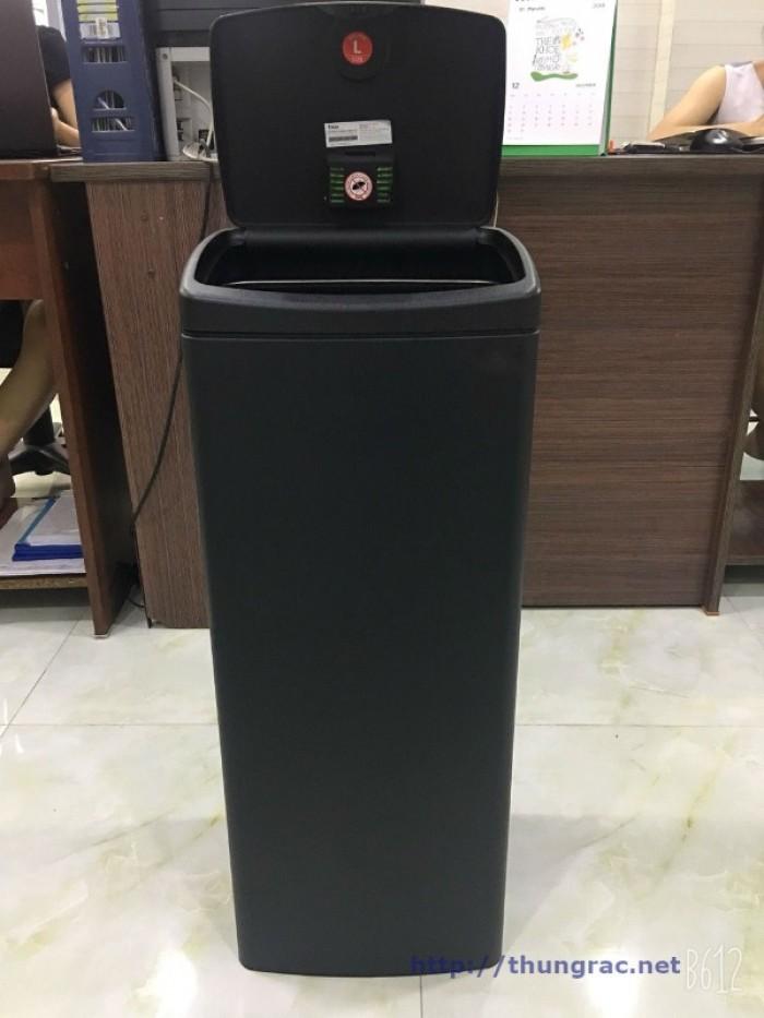 Địa chỉ bán thùng rác inox 40 lit có chân đạp1