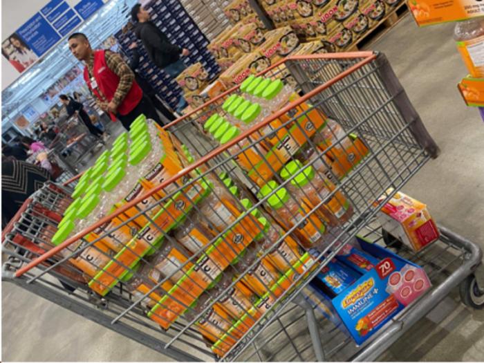 Kẹo Dẻo Bổ Sung Vitamin C Kirkland Adult Gummies C 250mg (180viên) Đặt mua ngay trong tin đăng này!7