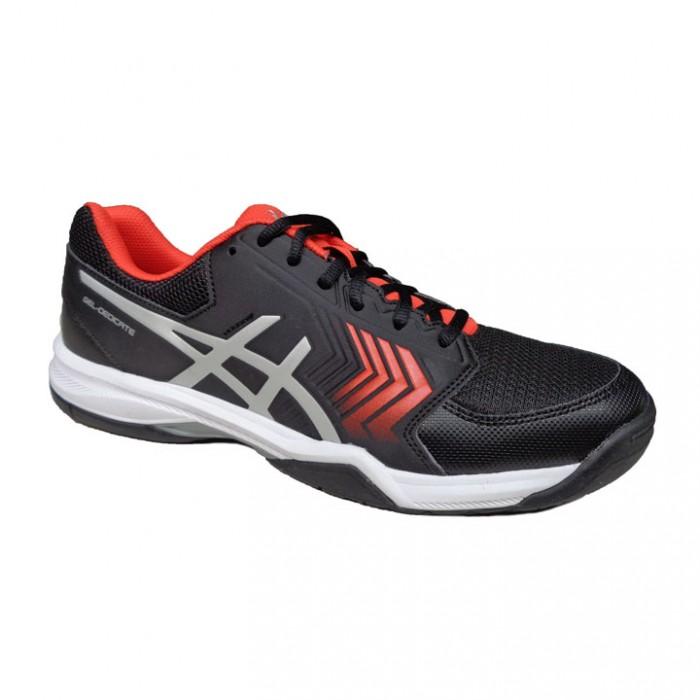 Thiết kế phom chuẩn, lớp đệm giúp giảm chấn tối đa lực tác dụng lên bàn chân người mang4