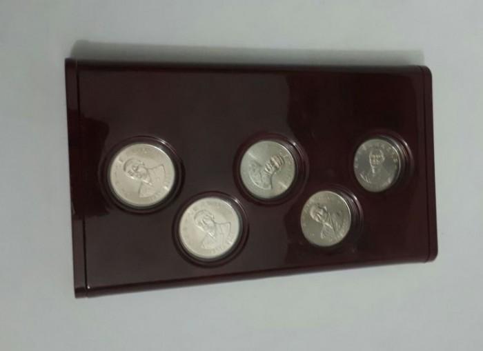 set 5 xu kỷ niệm 90 năm thành lập Trung Hoa Dân Quốc của Đài Loan2