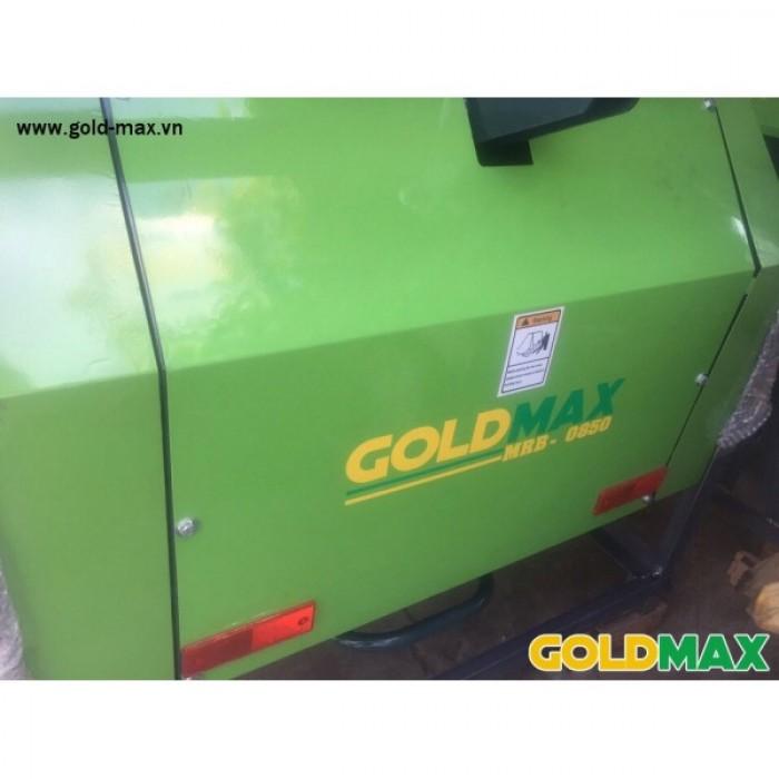 Máy cuốn rơm GoldMax nhập khẩu chất lượng giá tốt9