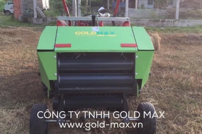 Máy cuốn rơm GoldMax nhập khẩu chất lượng giá tốt1