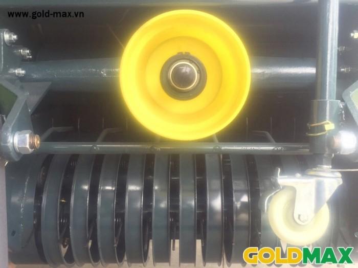 Máy cuốn rơm GoldMax nhập khẩu chất lượng giá tốt10