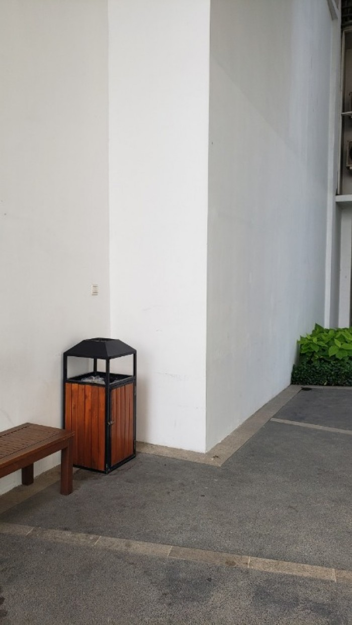Thùng rác khách sạn có gạt tàn thuốc lá - Dụng cụ nhà hàng khách sạn Thiên An2