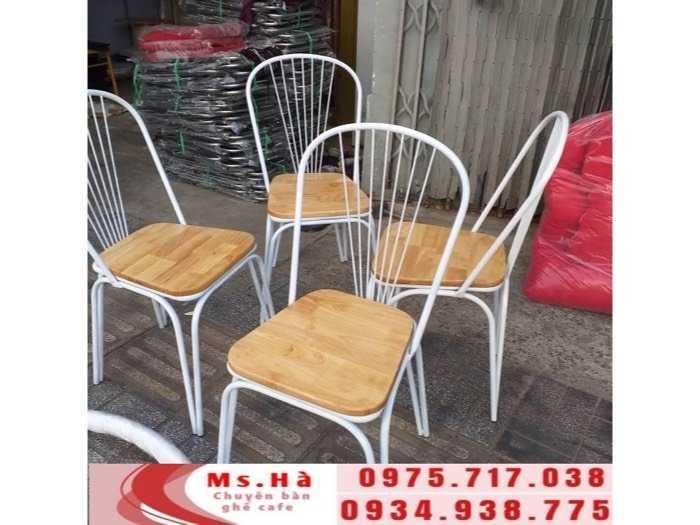 bàn ghế sắt gỗ cafe giá rẻ2