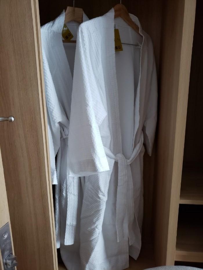 Bán áo choàng tắm trong khách sạn - Thiết bị khách sạn Thiên An2
