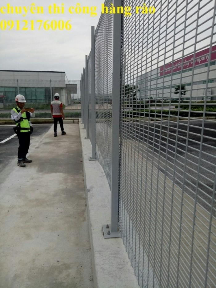 Hàng rào lưới thép hàn D5 a 50x150, 50x200 mạ kẽm sơn tĩnh điện.16