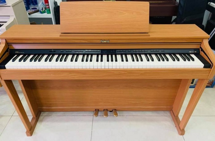 Đàn Piano Roland HP 503 C