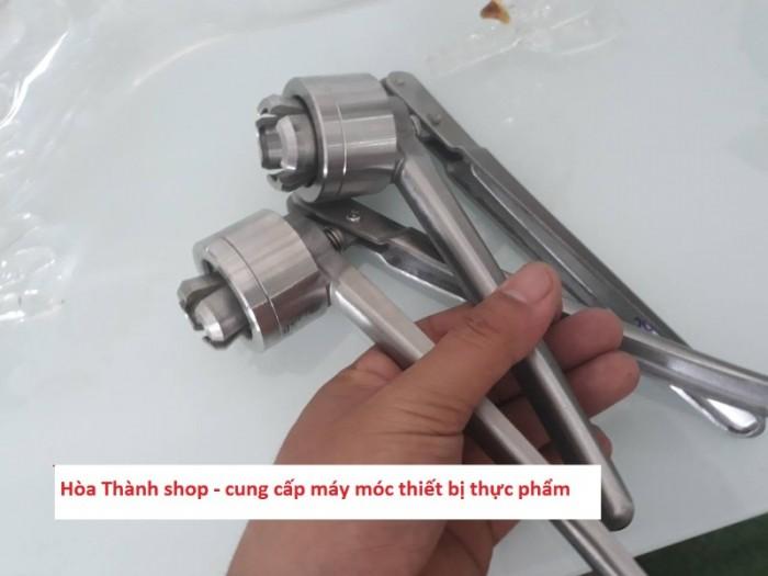 Cung cấp dụng cụ đóng siết nắp chai0