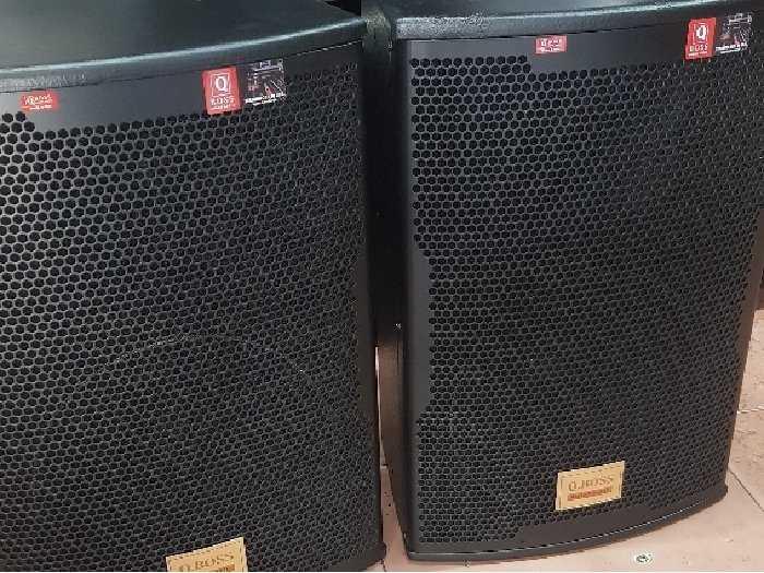 Loa Karaoke Q-boss model Q10002