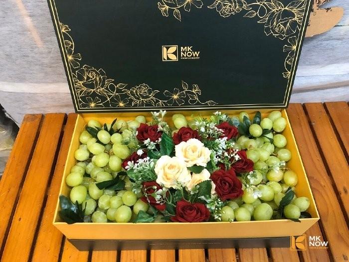 Hộp trái cây cao cấp tặng người yêu - FSNK1300