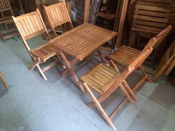 Thanh lý bộ bàn ghế xếp gỗ giá rẻ.0