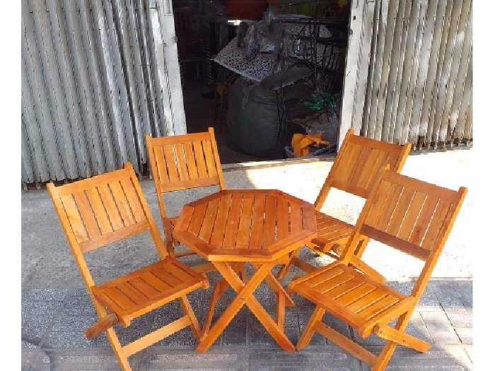 Thanh lý bộ bàn ghế xếp gỗ giá rẻ.3