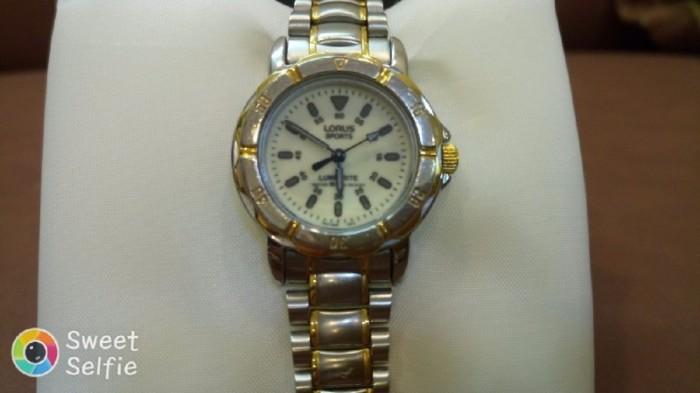 Đồng hồ quartz Nữ Lorus .0