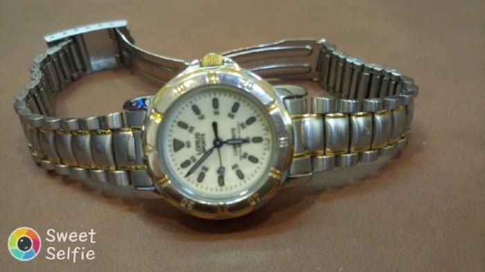 Đồng hồ quartz Nữ Lorus .1