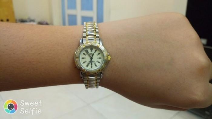 Đồng hồ quartz Nữ Lorus .4