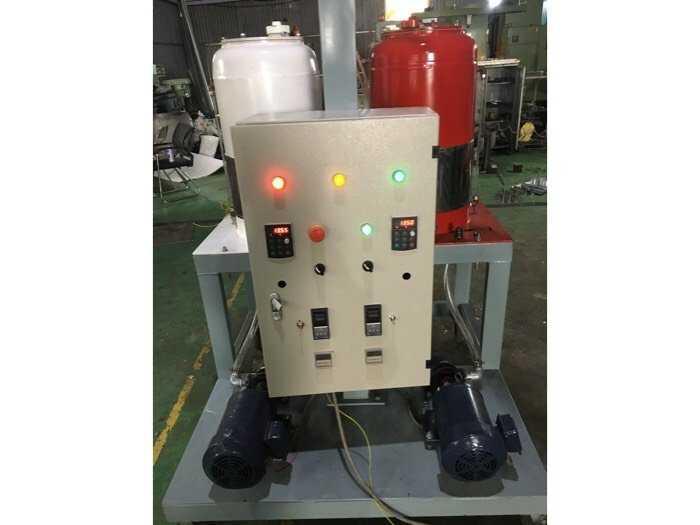 cung cấp máy phun pu Foam ( cách âm cách nhiệt bảo ôn đường ống kho lạnh tàu biển phòng hát )0