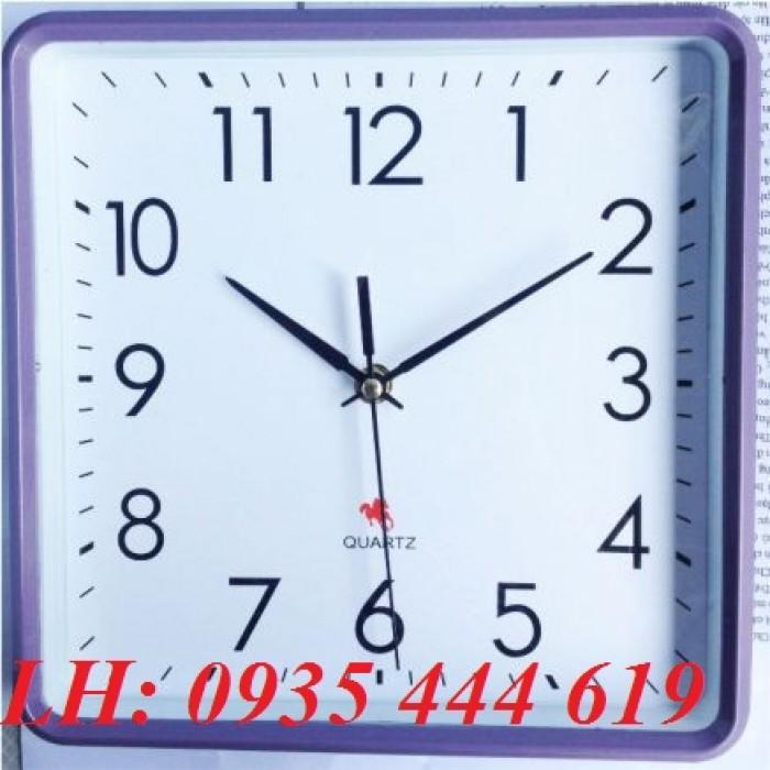Đồng hồ treo tường in logo doanh nghiệp tại Huế1