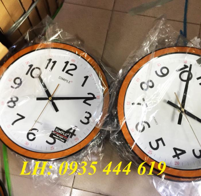 Đồng hồ treo tường in logo doanh nghiệp tại Huế5