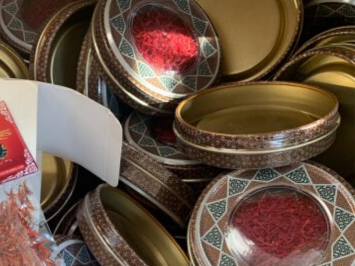 Hộp quà tặng Nhụy hoa nghệ tây - saffron Adaha Iran - saffron giá sỉ, giá bán buôn5