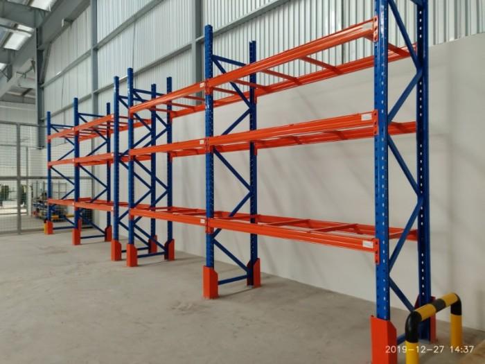 Kệ selective 2 khoang, 3 tầng, chịu tải 3000kg/tầng, 1 tầng chưa 2 pallet0
