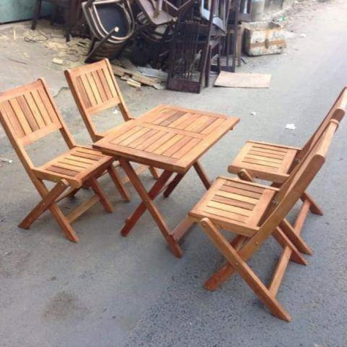Bàn ghế xếp gỗ thanh lý..1