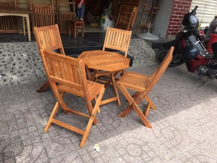 Bàn ghế xếp gỗ thanh lý..2