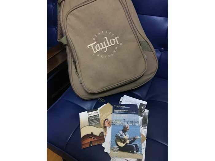 Guitar Taylor Baby BT1e (xách tay)2