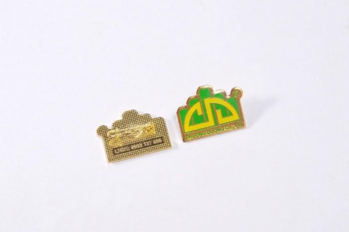 Chuyên sản xuất huy hiệu cài áo in ấn logo thương hiệu11