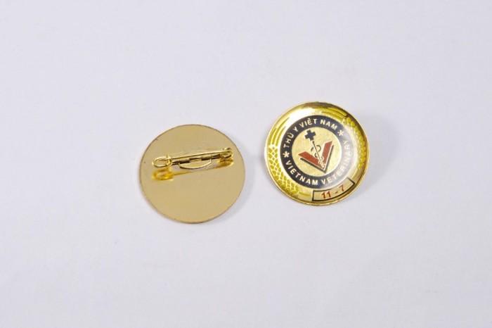 Chuyên sản xuất huy hiệu cài áo in ấn logo thương hiệu6
