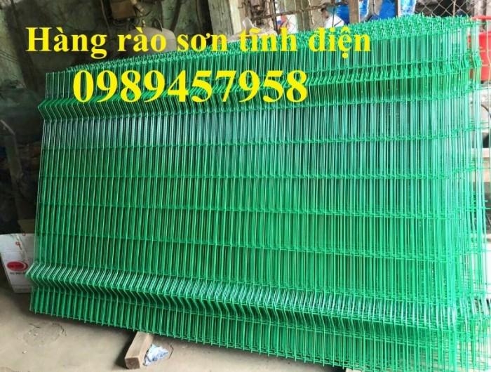 Sản xuất hàng rào uốn sóng trên thân, hàng rào lượn 2 sóng, hàng rào thép hộp0
