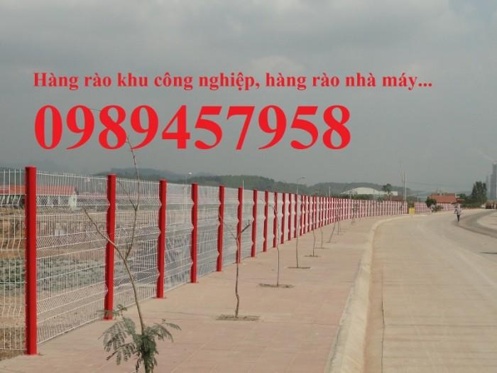Sản xuất hàng rào uốn sóng trên thân, hàng rào lượn 2 sóng, hàng rào thép hộp5