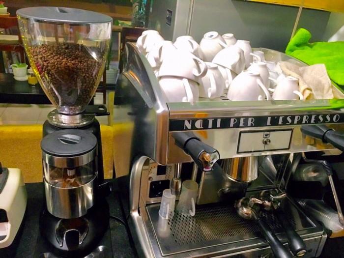 Máy pha cà phê Astoria perla 1