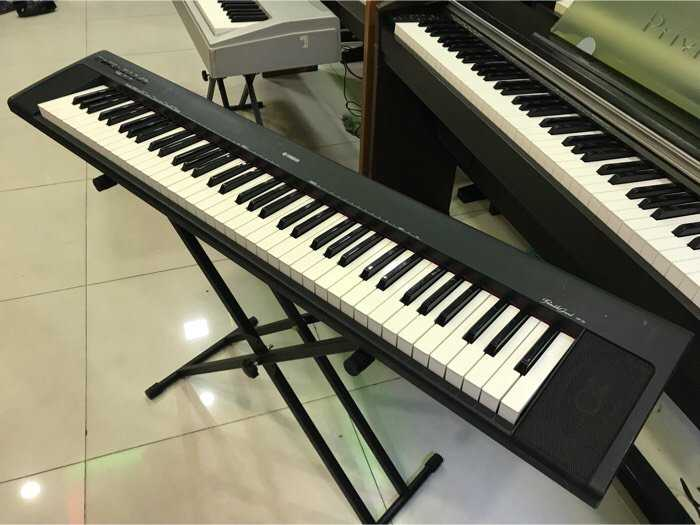 Piano Yamaha NP301