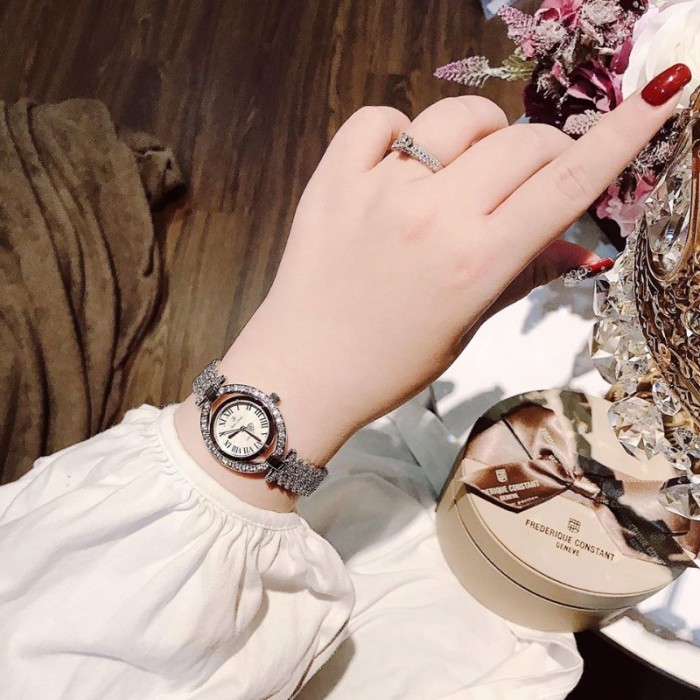 Đồng hồ nữ Royal Crown 4110 sliver2