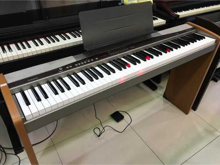 Piano Casio PX5000